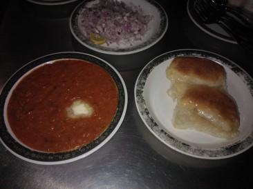 Pao Bhaaji at Shiv Sagar, Pune