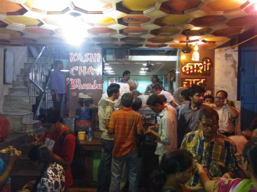 The very best of Indian Street food - Banarasi chaat at Kashi chaat bhandar, Varanasi