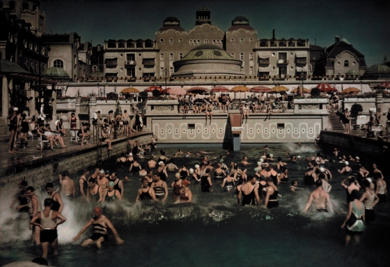 January 1930, Danube : People enjoying the Gellert Bath, an outdoor swimming pool on the banks of the Danube