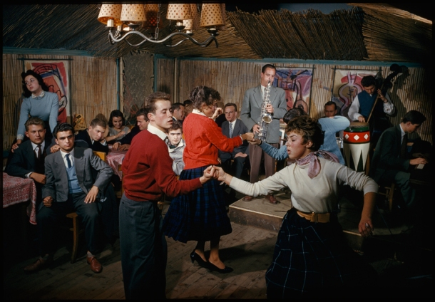 February 1959, Vienna : Students swing to a jazz band in a bamboo-lined student center in Vienna
