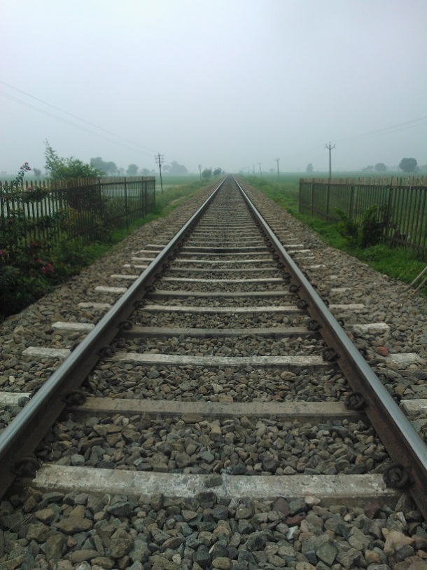 Not going anywhere - Railway line in the middle of farms