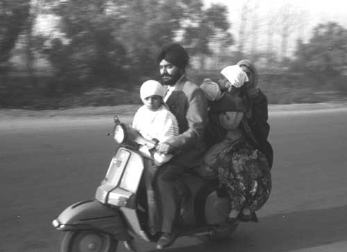 1970 Bajaj Auto rolls out its 100,000th vehicle