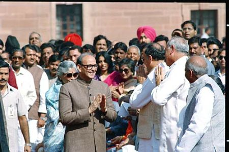 1989 V P Singh becomes the Prime Minister of India after massive corruption scandal Bofors claims Rajiv Gandhi and his government