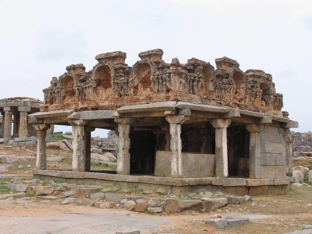 Ruins of Hindu temple at Hampi