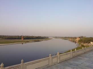 River Yamuna in the background