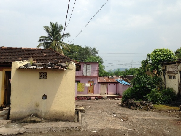 Rural Maharashtra - Shared compounds